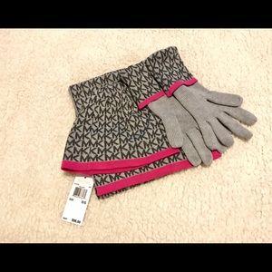 NEW Michael Kors Matching Set: Scarf, Hat & Gloves